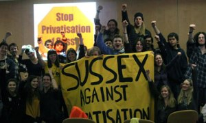 Privatiseringen av universiteten är en global trend. Likaså protesterna. Och medietystnaden.