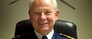 Polismäst.. förlåt, kulturnämndens chef Holger Radner (FP)