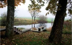 "Gårdens damm, ibland omnämnd ""byadammen"""